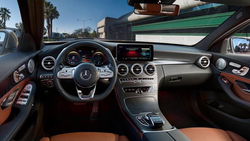 interior del Mercedes-Benz clase C