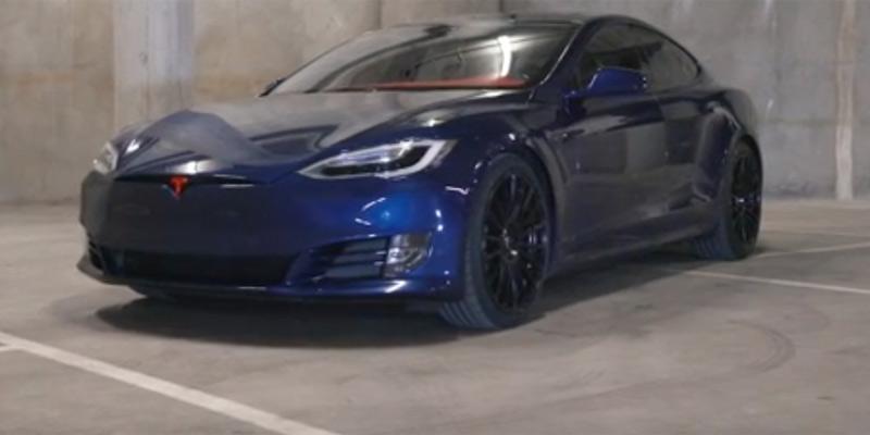 Tesla Model S Project Superman, portada