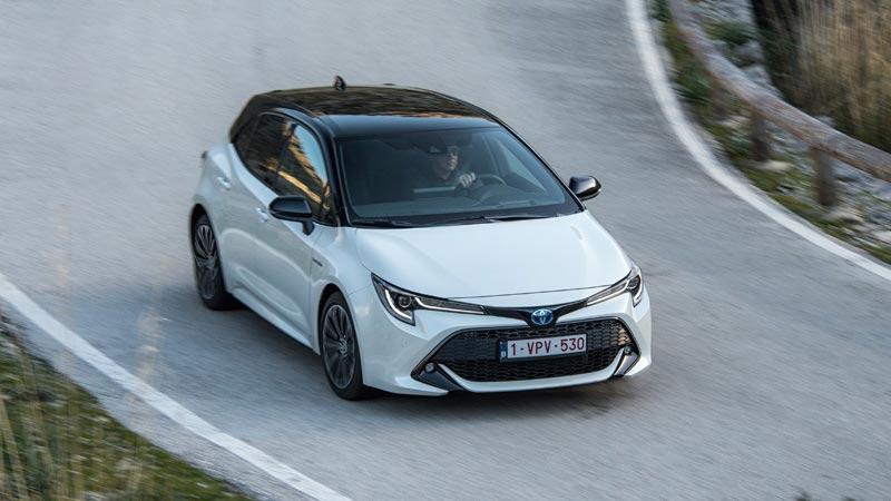 Toyota Corolla 2019, 5 puertas, tres cuartos delantero.