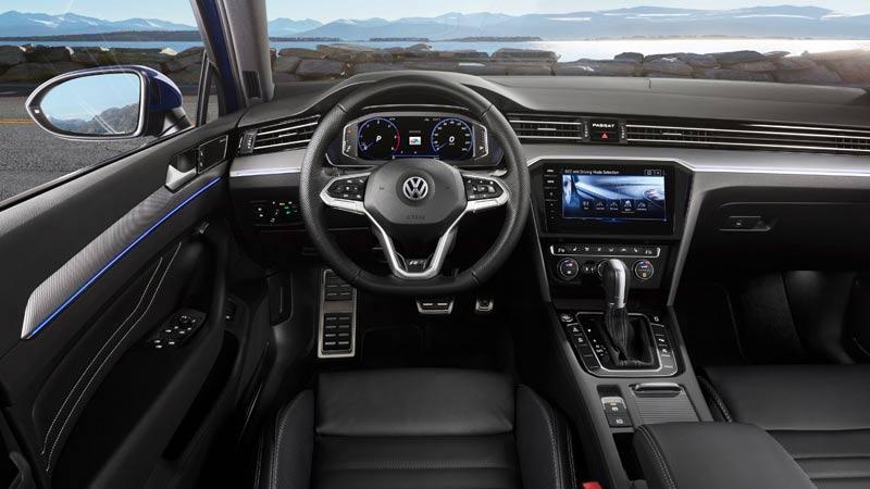 Volkswagen Passat 2019, interior